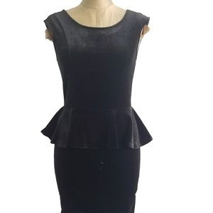 Guess NWT black dress size 4